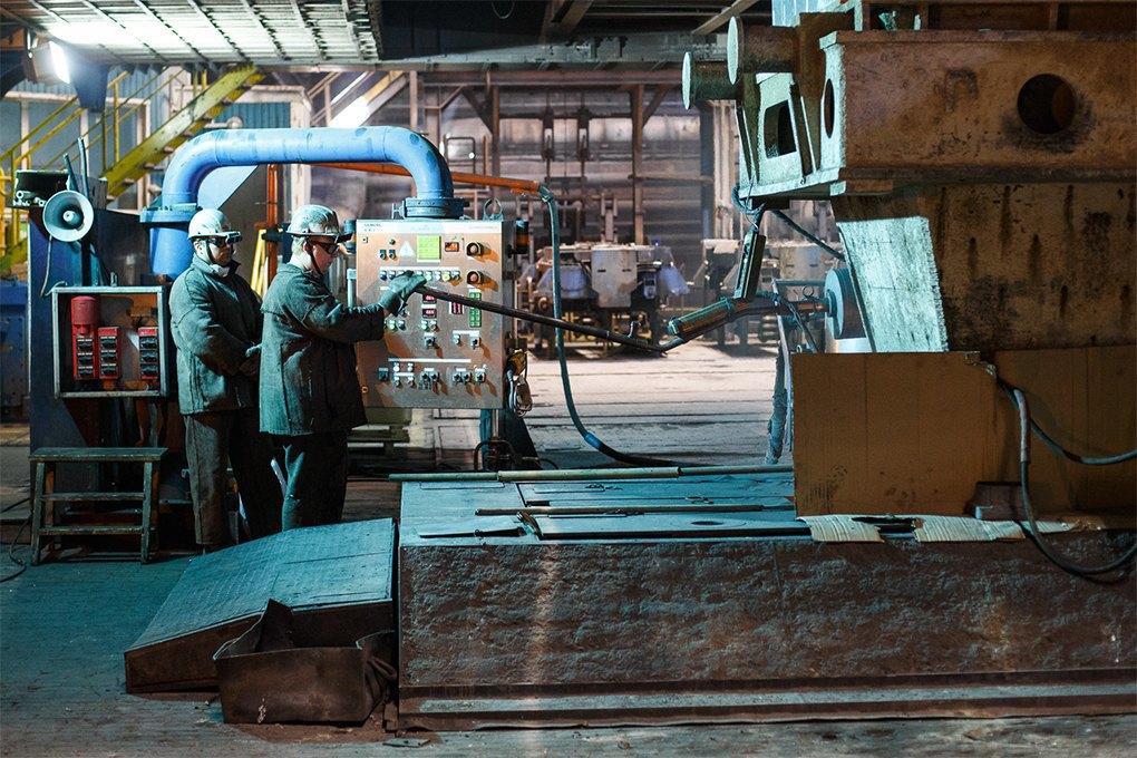 Производственный процесс: Как плавят металл. Изображение № 21.