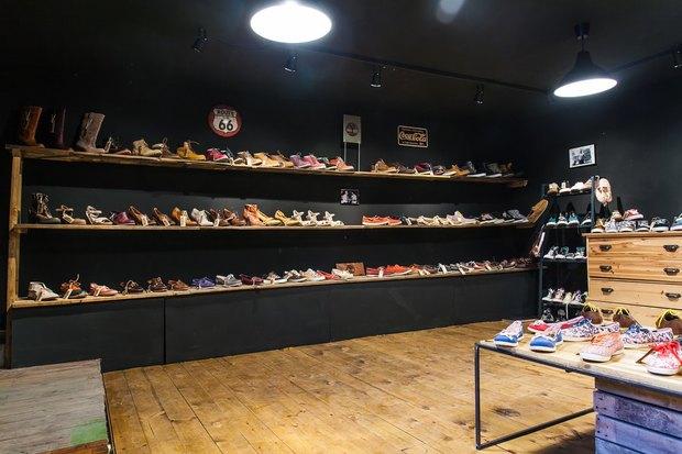 На Фурштатской открылся магазин обуви американских марок The Bootleggers. Изображение № 5.