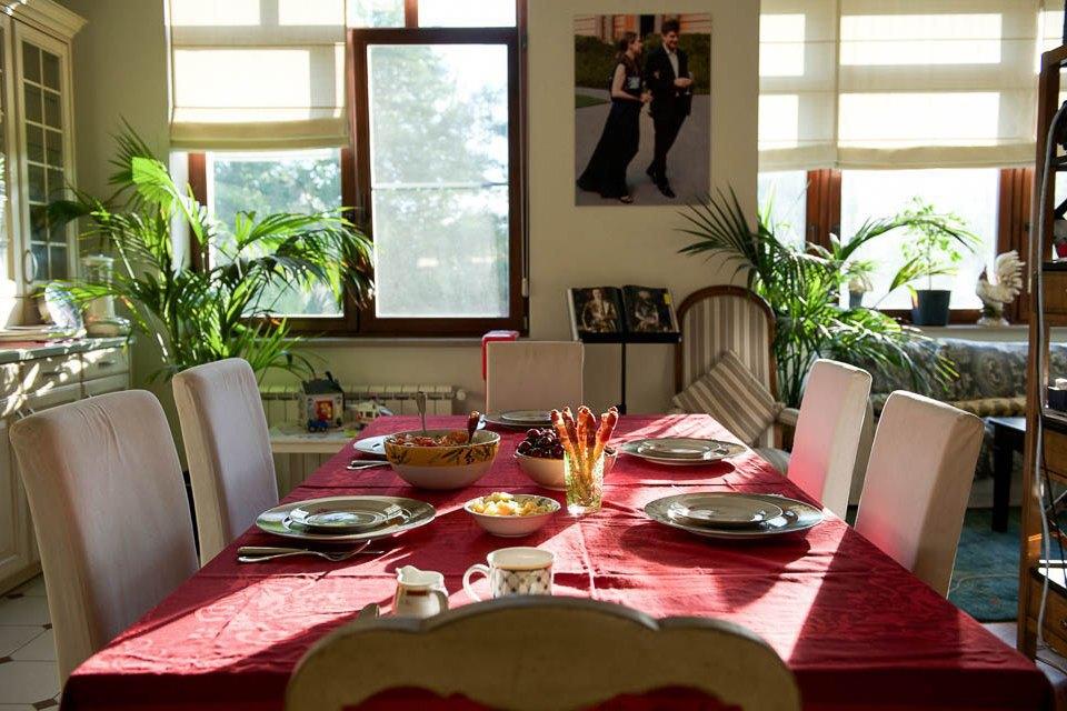 Кто изачем устраивает домашние званые ужины иобеды вМоскве. Изображение № 10.