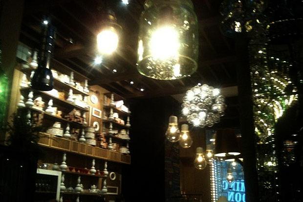 На днях в доме Мертенса открется ресторан-кондитерская Bengel & Zaek. Изображение № 2.