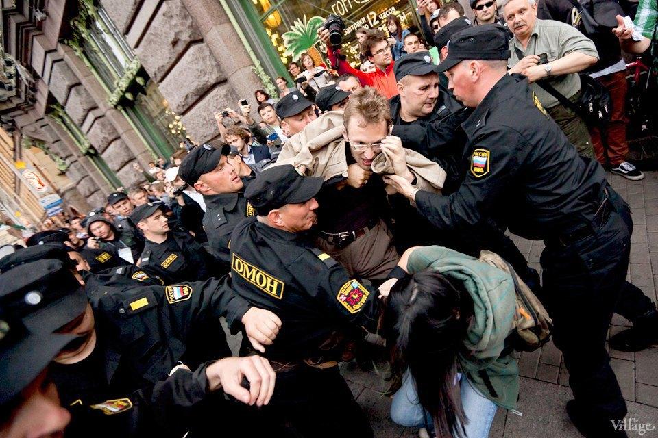 Фоторепортаж: «Народный сход» вподдержку Навального вПетербурге. Изображение № 32.