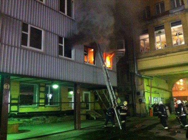 В «Этажах» на Лиговском произошел пожар. Изображение № 1.