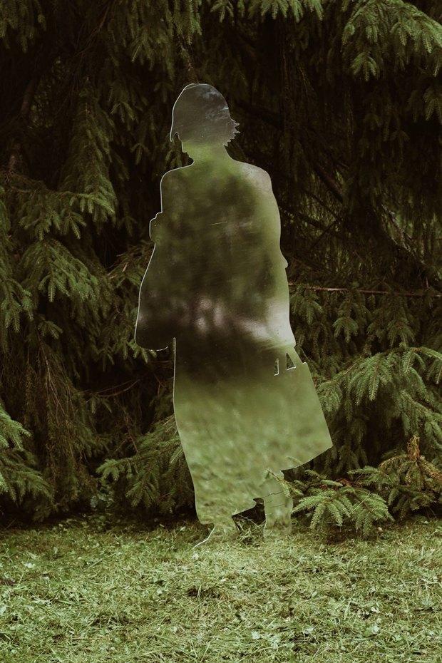 Зеркальные скульптуры «Ночлежки» в нижнем парке Петергофа 2wrnAuAcgurTB7fcjjxjgg-article