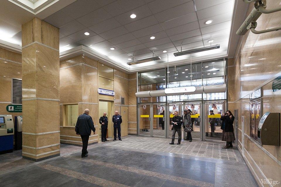 Фоторепортаж: Новый вестибюль «Спасской» изнутри. Изображение № 1.