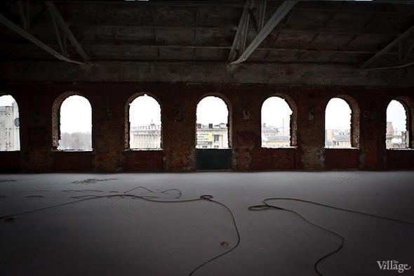 Бывший производственный цех, на территории которого разместятся арендаторы. Февраль 2011. Изображение № 8.