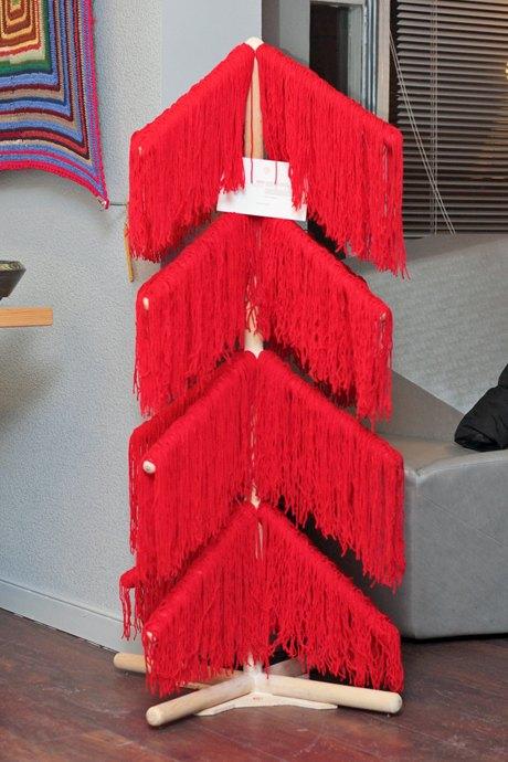 В пространстве «12» проходит выставка альтернативных ёлок. Зображення № 3.