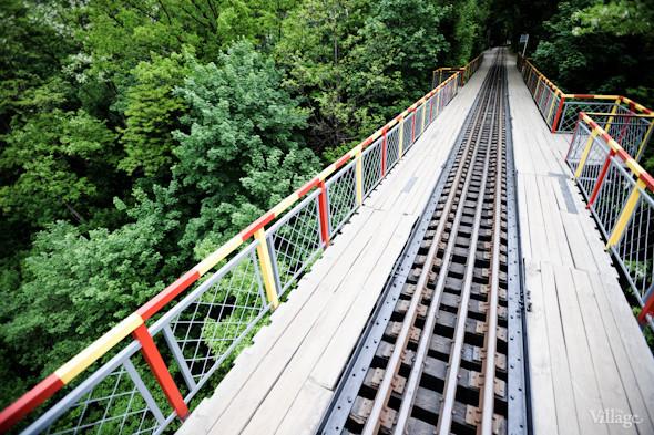 Мост через пропасть — самый ожидаемый отрезок пути для пассажиров.. Изображение № 28.
