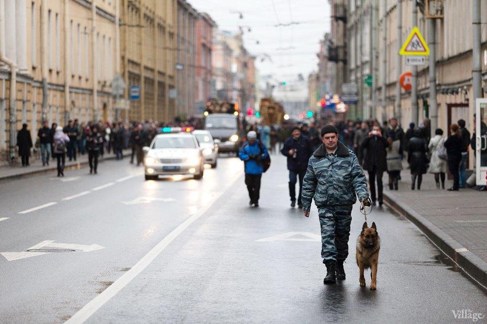 Фоторепортаж: День народного единства вПетербурге. Изображение № 1.