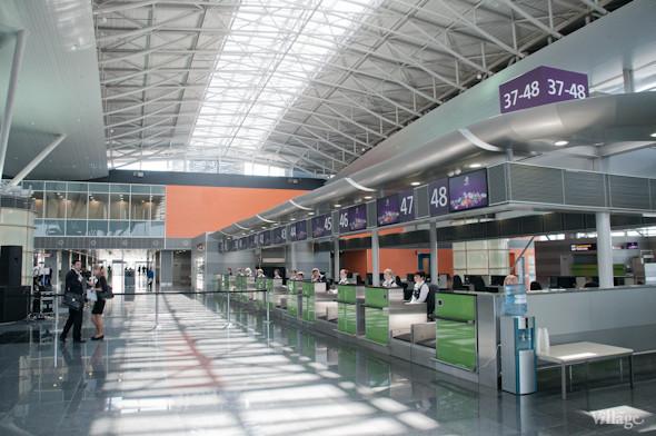 Фоторепортаж: В аэропорту Борисполь открыли самый большой на Украине терминал. Зображення № 3.