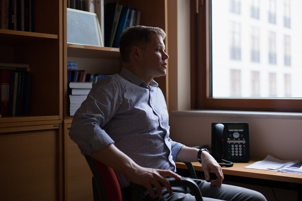 Журналист-международник Александр Баунов — обобидах Путина имести Западу . Изображение № 1.