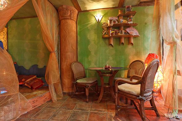 Новое место (Петербург): Вегетарианская кофейня «Фрида». Изображение № 4.
