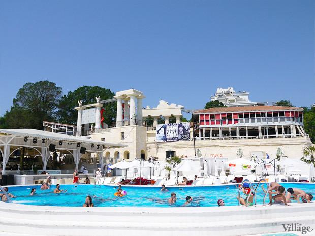 На песке: 5 пляжных клубов Одессы. Зображення № 25.