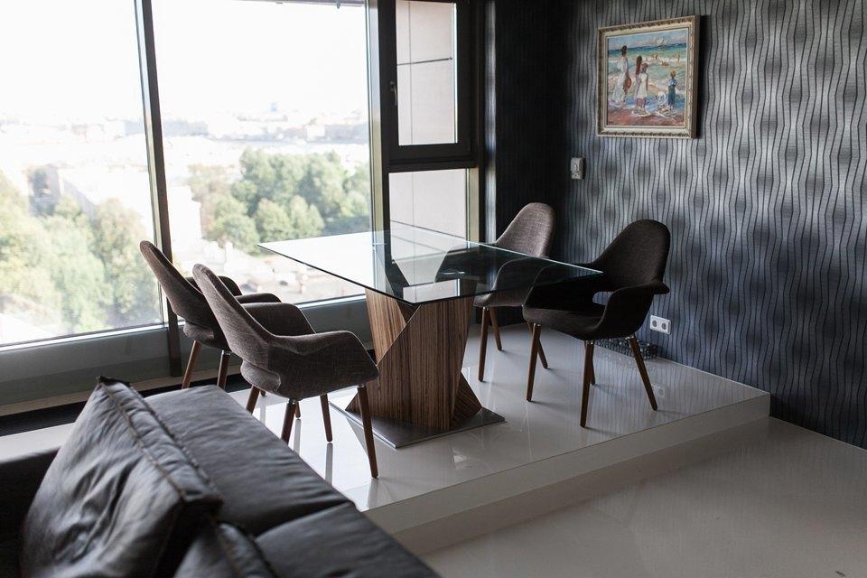 Мужская квартира с панорамным видом на город. Изображение № 20.