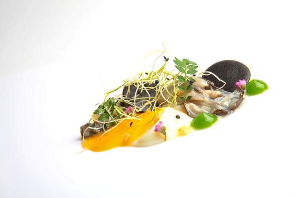 Омлет из устриц  от шеф-повара Райана Клифта. Изображение № 6.