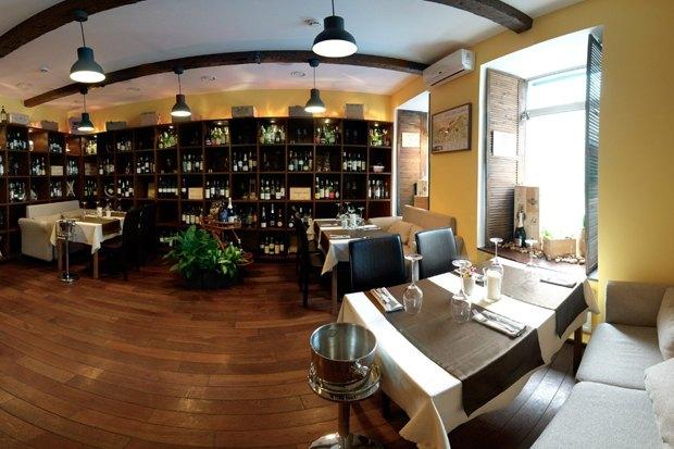 На Рубинштейна открылся винный бар. Изображение № 3.