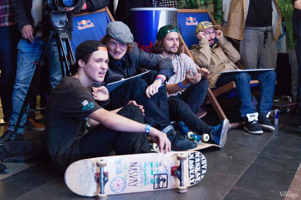 Фото ночи: Скейтерский чемпионат в метро. Изображение № 21.