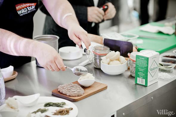 Omnivore Food Festival: Иван Шишкин готовит пеммикан и черемуховые полбяные пряники. Изображение № 55.