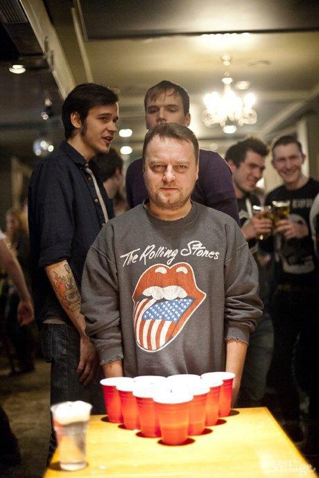 Дали по шарам: Кто игде играет вбир-понг вМоскве. Изображение № 18.