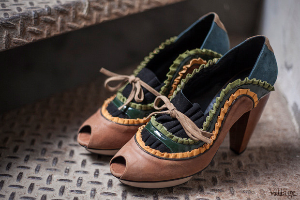 На полках: Магазин обуви ShoeShoe. Зображення № 13.
