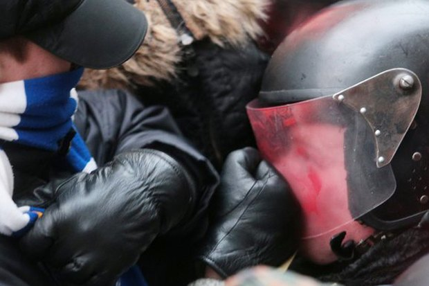 Работа со вспышкой: Фотографы — о съёмке на «Евромайдане». Изображение № 4.