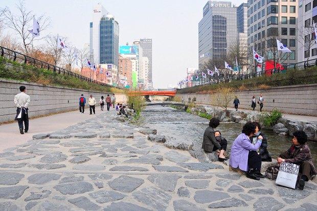 Иностранный опыт: Раскопанная река в Сеуле. Изображение № 13.