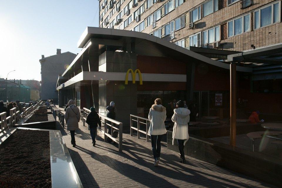 Вновь открывшийся «Макдоналдс» на «Пушкинской». Изображение № 14.