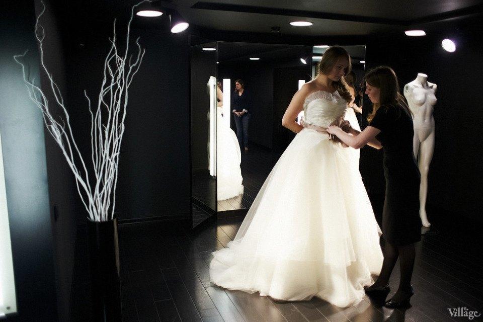 Любо-дорого: Невесты о свадебныхплатьях. Изображение № 7.