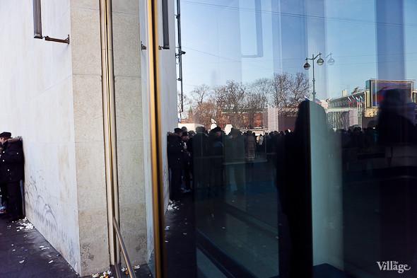 Фоторепортаж: Митинг в поддержку Путина в Петербурге. Изображение № 53.