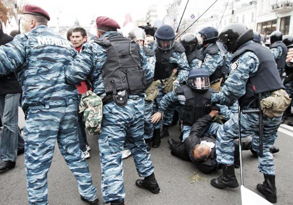 Copwatch: Действия милиции на Крещатике в день оглашения приговора Юлии Тимошенко. Зображення № 21.