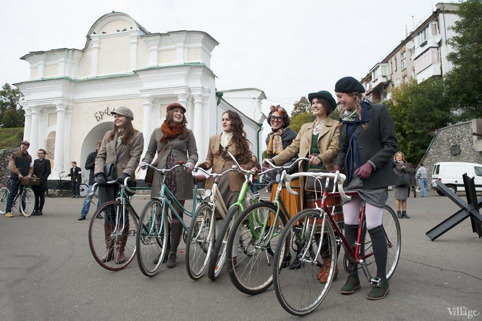 Твид выходного дня: Участники ретрокруиза — о своей одежде и велосипедах. Изображение № 2.