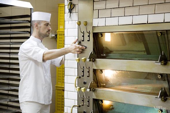 Фоторепортаж с кухни: Как пекут хлеб в «Волконском». Изображение № 23.