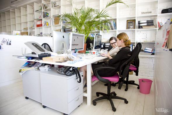 Офис недели: «Большой Город» и Slon.ru. Изображение № 37.