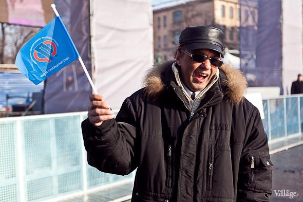 Фоторепортаж: Митинг в поддержку Путина в Петербурге. Изображение № 55.