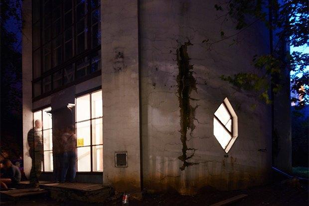 Что происходит сдомом Мельникова. Изображение № 8.