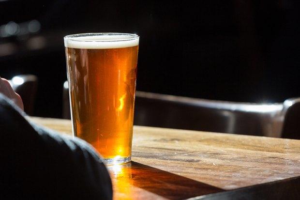 Кафе Silver Panda иRight Bite, пивной бар «Пивотека 465» иресторан «Прекрасное общество»  . Изображение № 3.