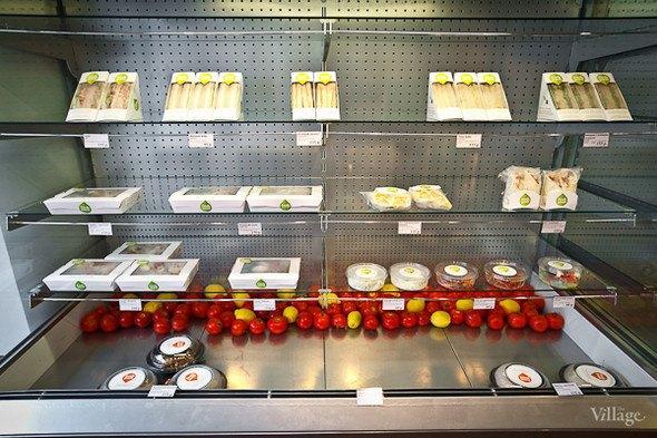 Кафе быстрого обслуживания FreshPoint открылось наЛиговскомпроспекте. Изображение № 3.