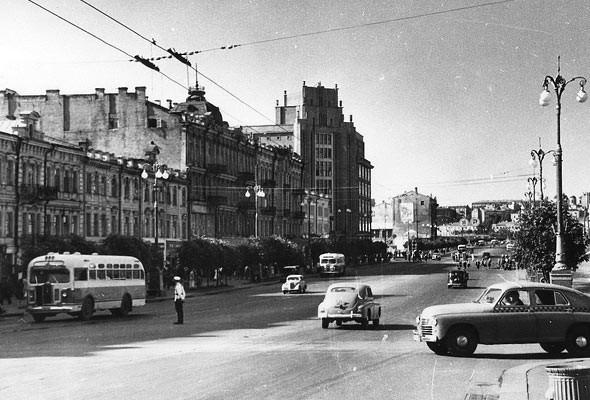 Фоторепортаж: Последний день работы киевского ЦУМа. Изображение № 43.