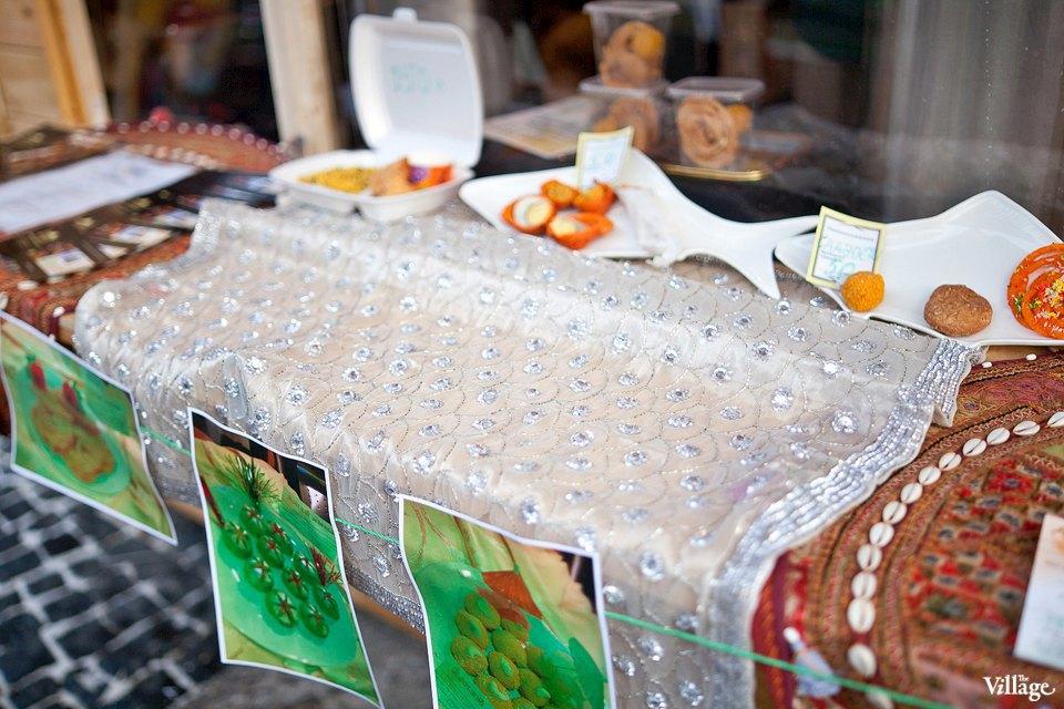 Люди в городе: Продавцы рождественской ярмарки на Островского. Изображение № 21.
