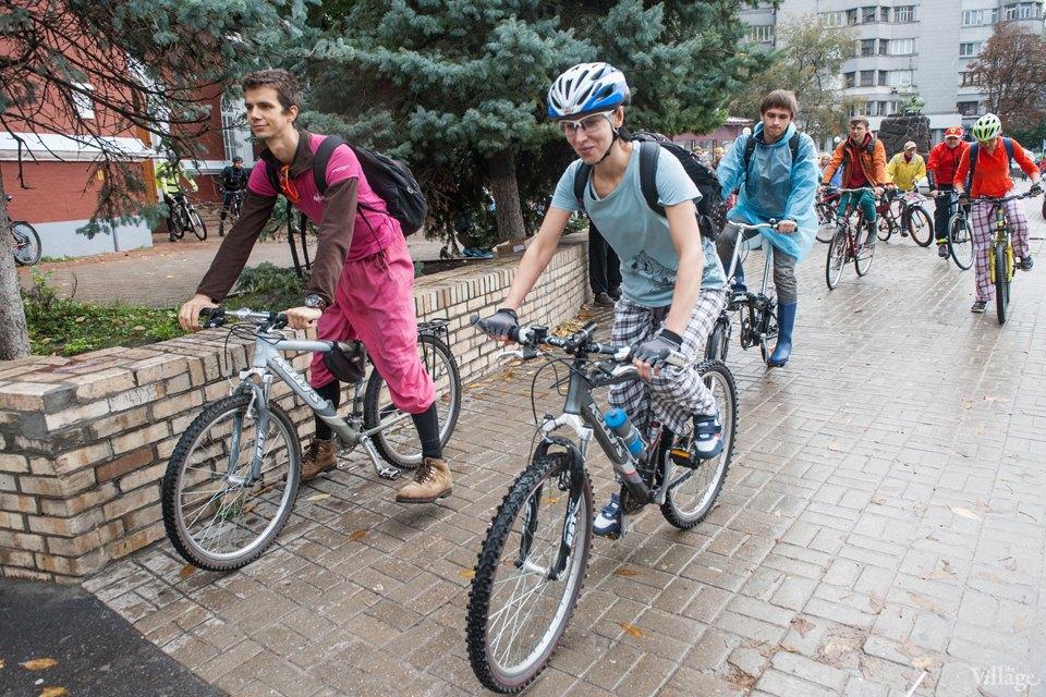 Люди в городе: участники велопарада впижамах. Изображение № 6.