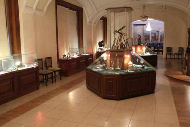 Зал источников и приемников света Музея оптики. Изображение № 2.