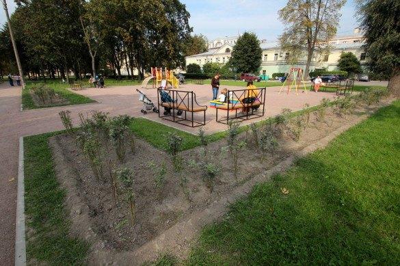 В саду у ТЮЗа хотят поставить фонтаны. Изображение № 4.