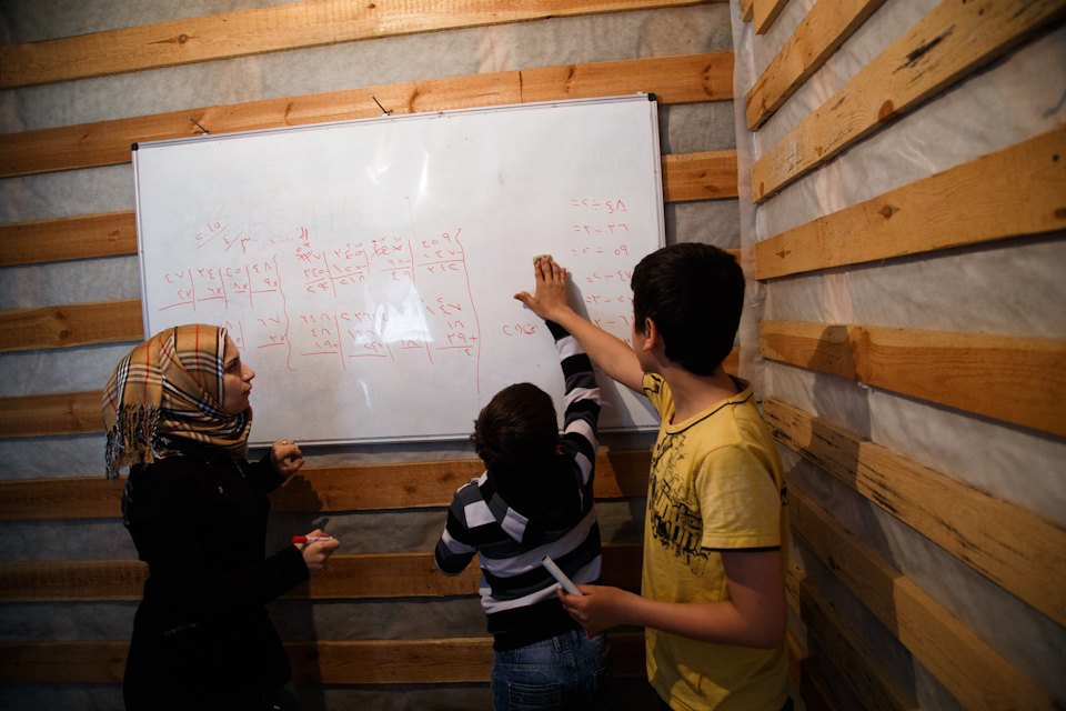 Дети, которых нет: Как проходят занятия в ногинской школе для сирийских беженцев. Изображение № 23.
