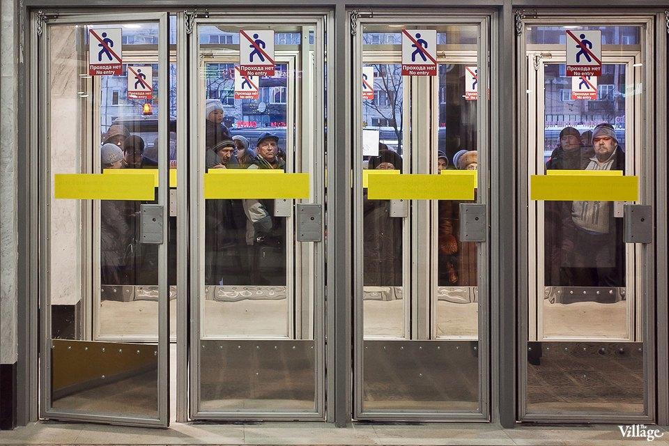 Фоторепортаж: Станции метро «Международная» и«Бухарестская» изнутри. Изображение № 22.