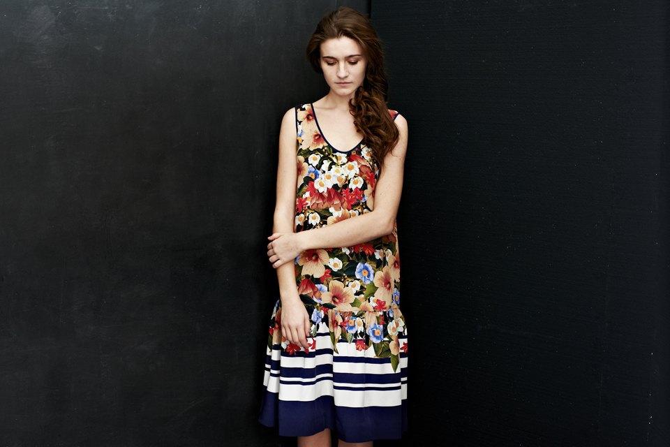 Вещи недели: 12 платьев сцветочным принтом. Изображение №12.