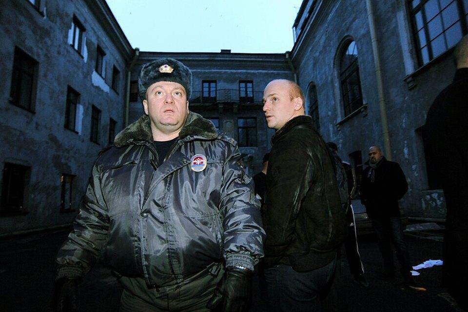 Фоторепортаж: Как выгоняют арендаторов «Четверти». Изображение № 8.