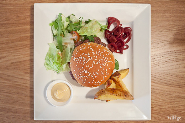 «Итальяно-бургер» — 270 руб.. Изображение № 23.