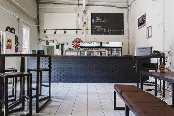 На «Таганской» открылся бар скрафтовым пивом Cans & Beer. Изображение № 1.
