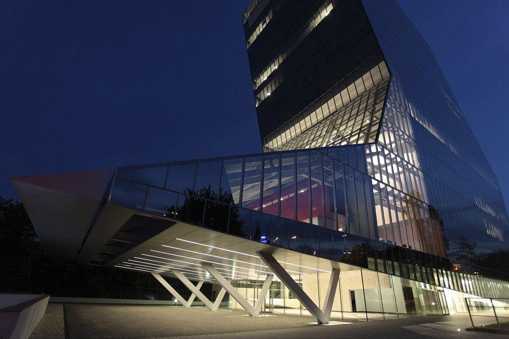 Hopes Tech: 10 самых красивых банков мира. Изображение № 34.