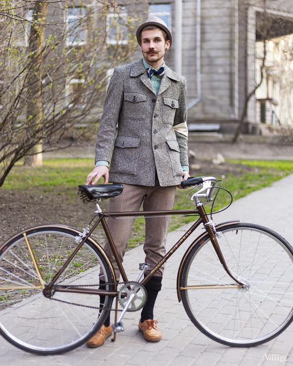 С твидом на город: Участники первого «Ретрокруиза»— о своей одежде и велосипедах. Изображение №46.