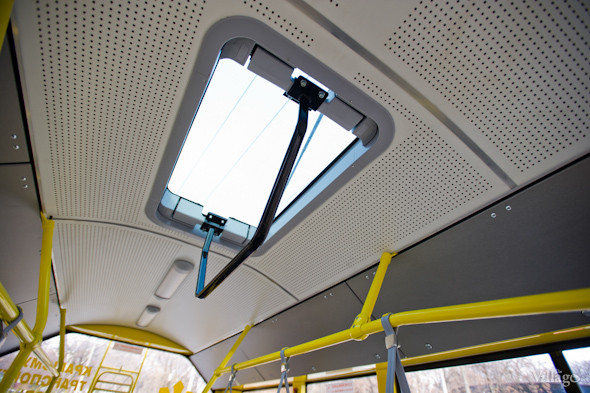 В Киеве запустили сто новых автобусов и троллейбусов. Изображение № 8.